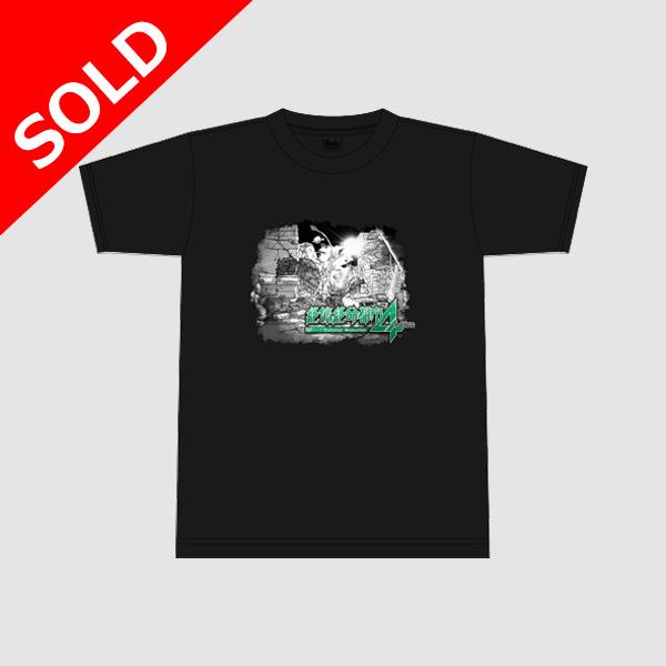 【アパレル】絶体絶命都市4Plus Tシャツ(ロゴ) ブラック